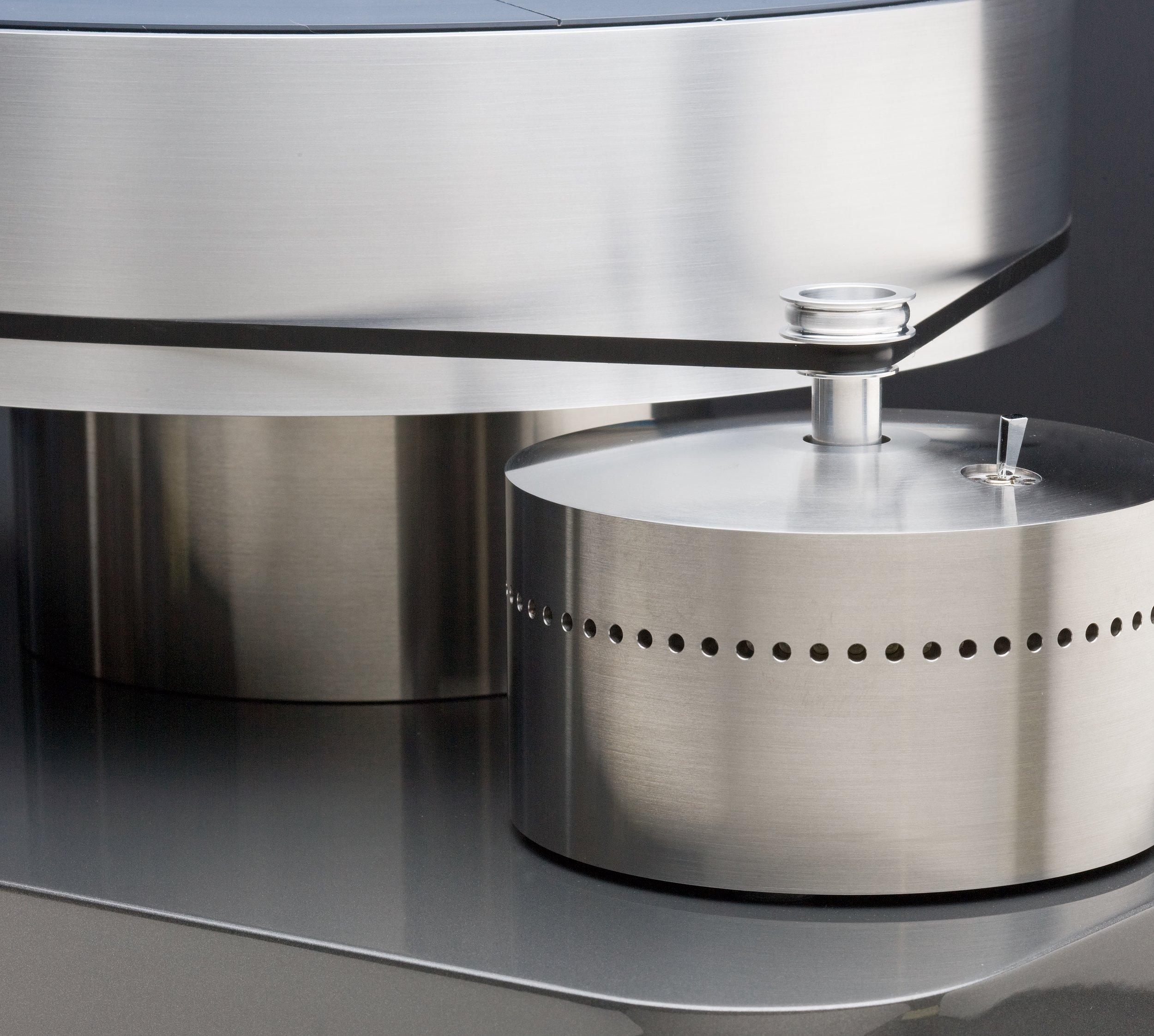 Basis Lab Standard Platter and Motor fin sharp web.jpg