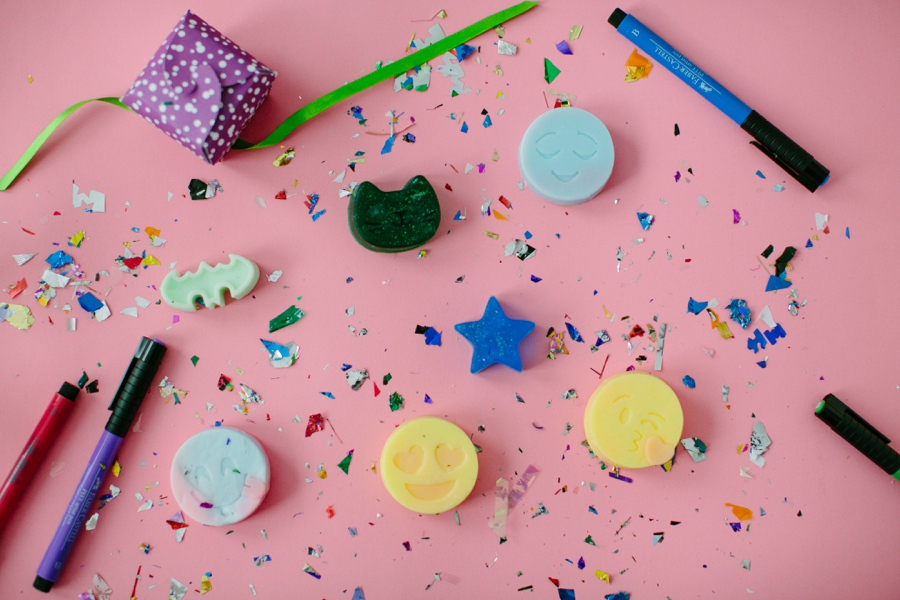 Mobile Kids Birthday Parties - Are you hosting your kids birthday party, and are you looking for fun activities. We bring our Arts and Crafts Kids Birthday Parties to you, anywhere in New Jersey