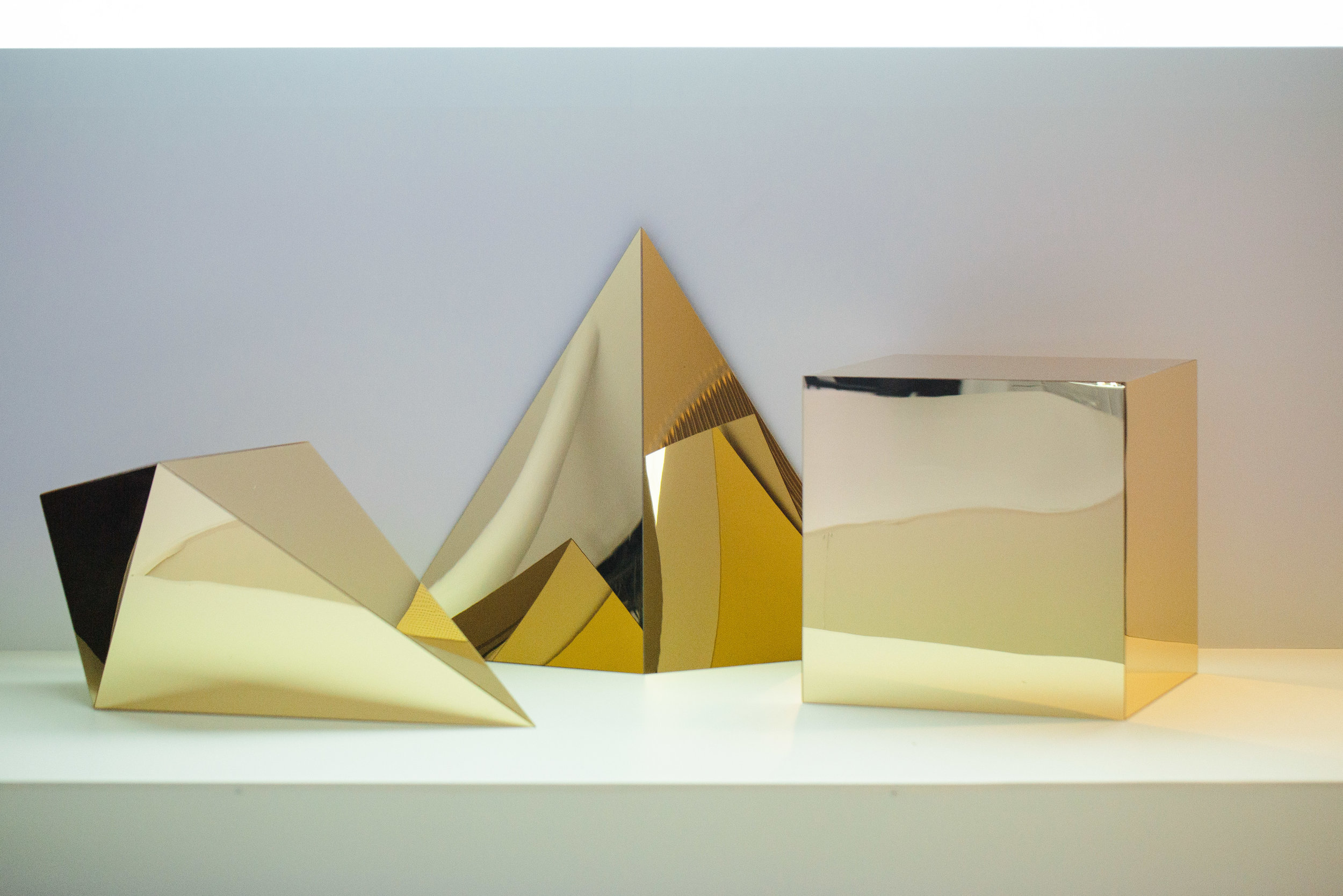 002 Sunglass Hut - 10040010.jpg