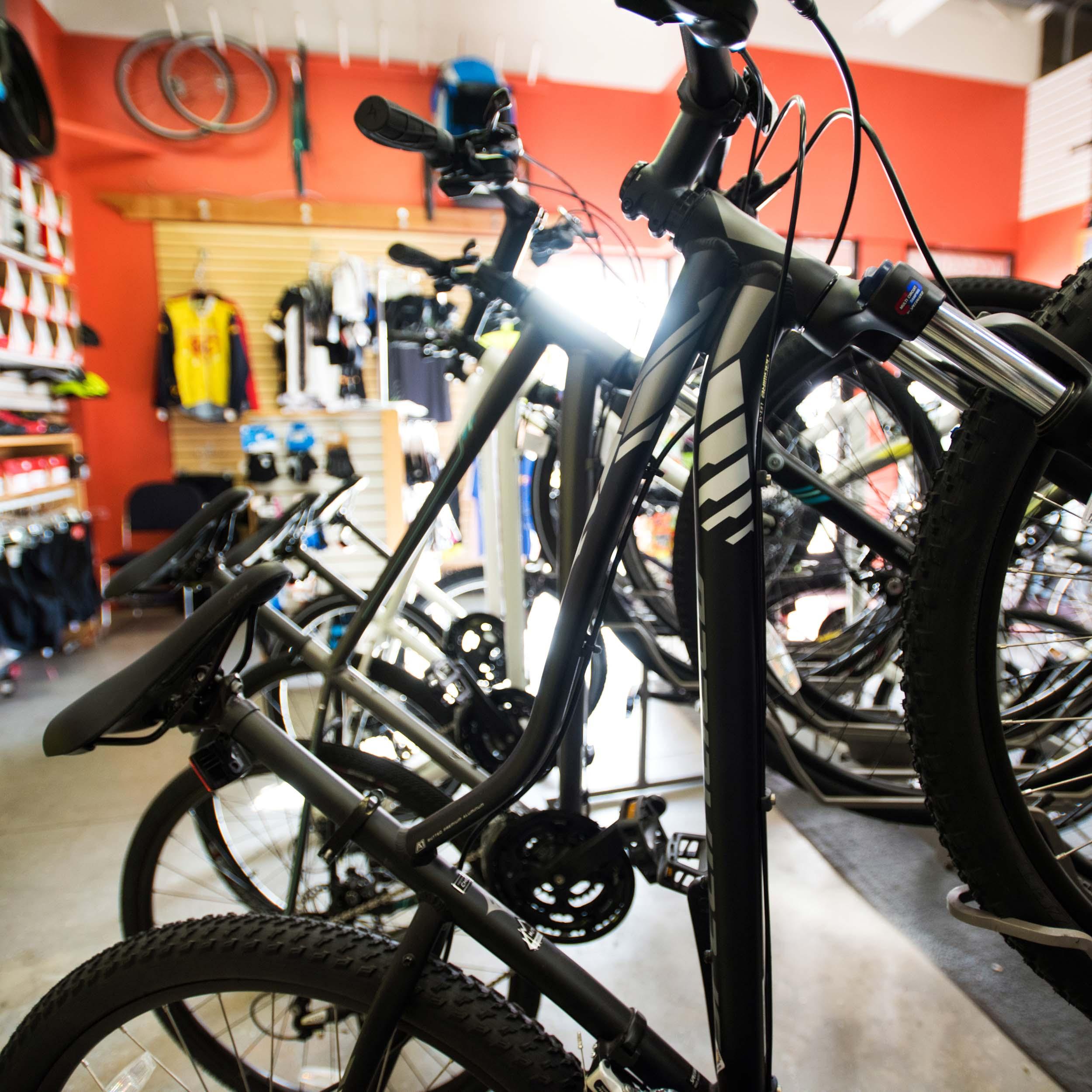 kman_cyclery_paso_mountain_bikes_crop_w.jpg