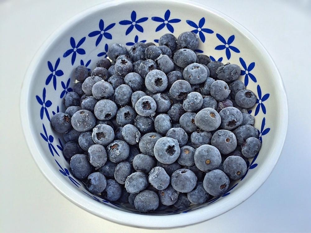 blueberries-1596195_1920.jpg