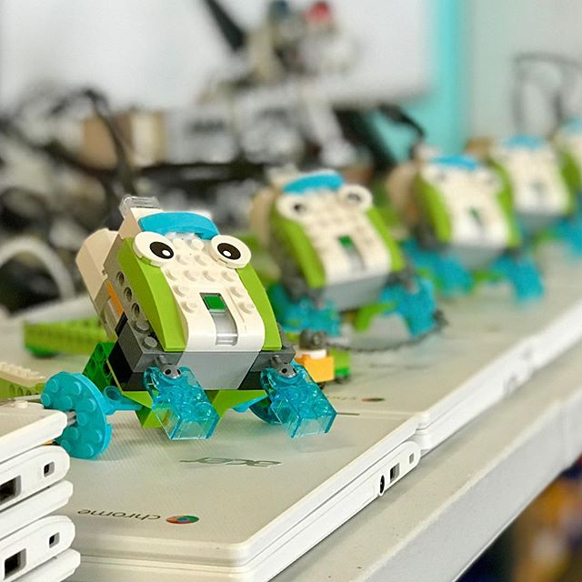 lego robotics -