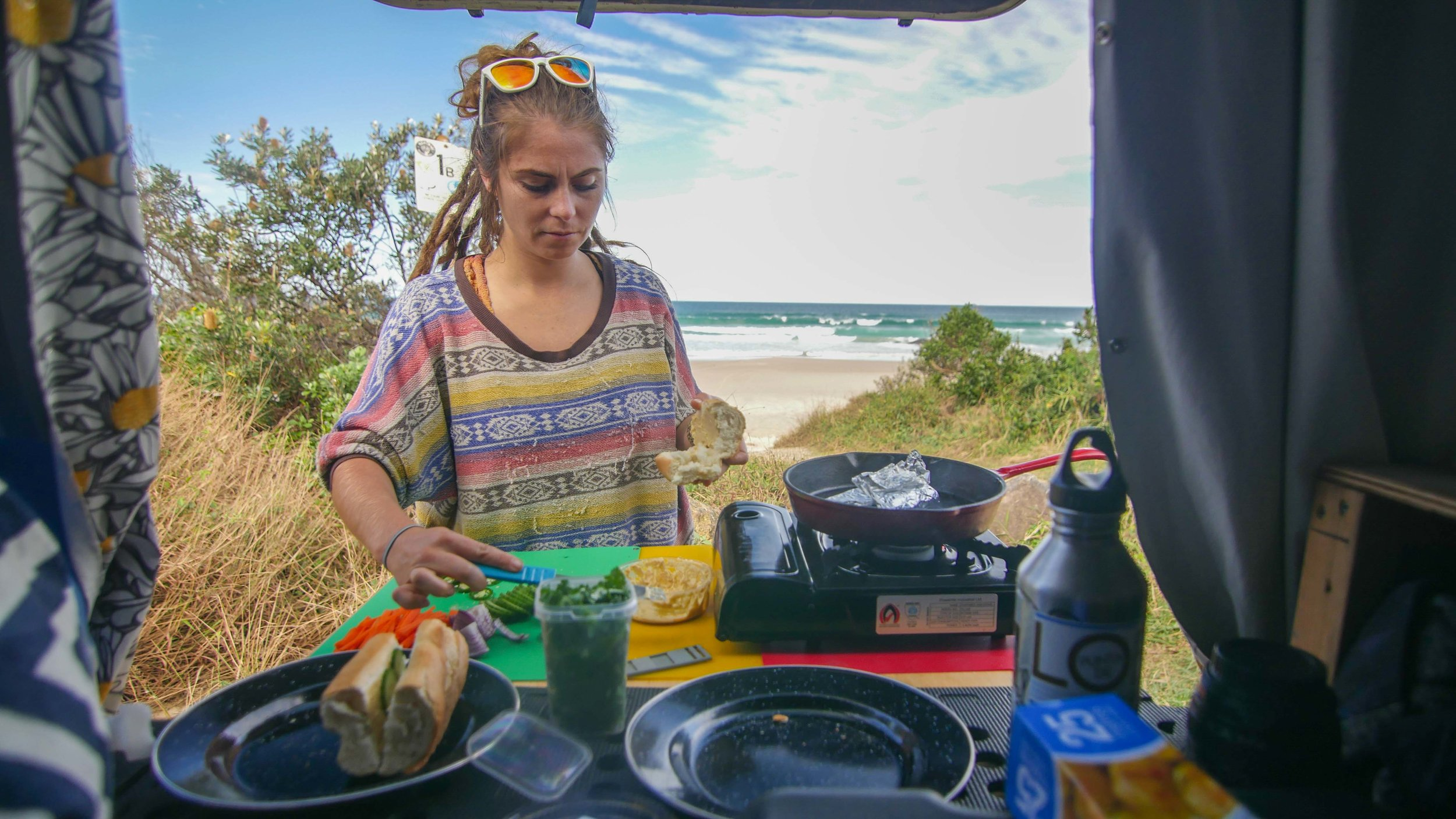 Campervan lunch, Byron Bay