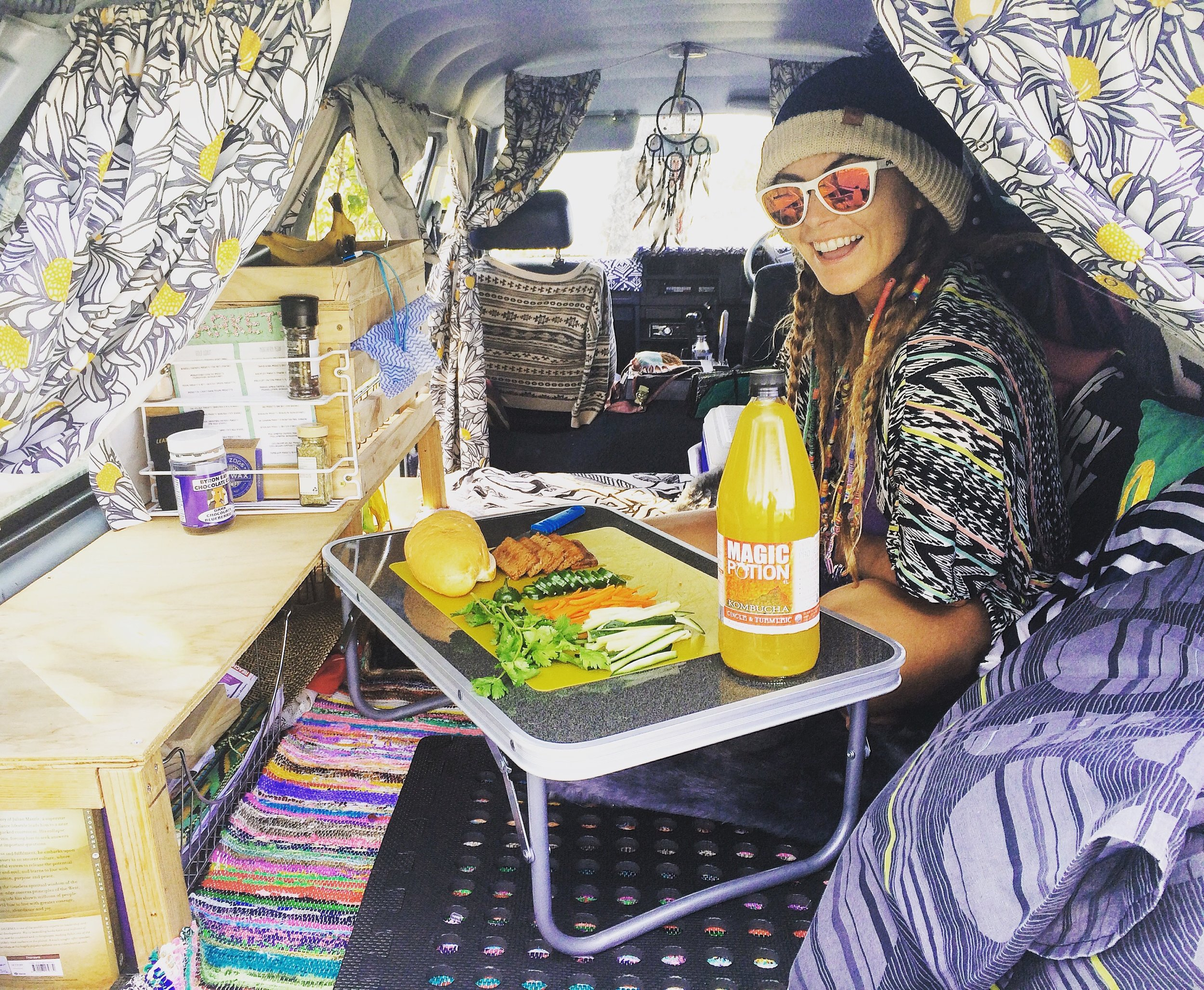 Vegan camping food, vegan eats, traveling vegan food, how to be vegan while living in a van, what do you eat when your living in your van