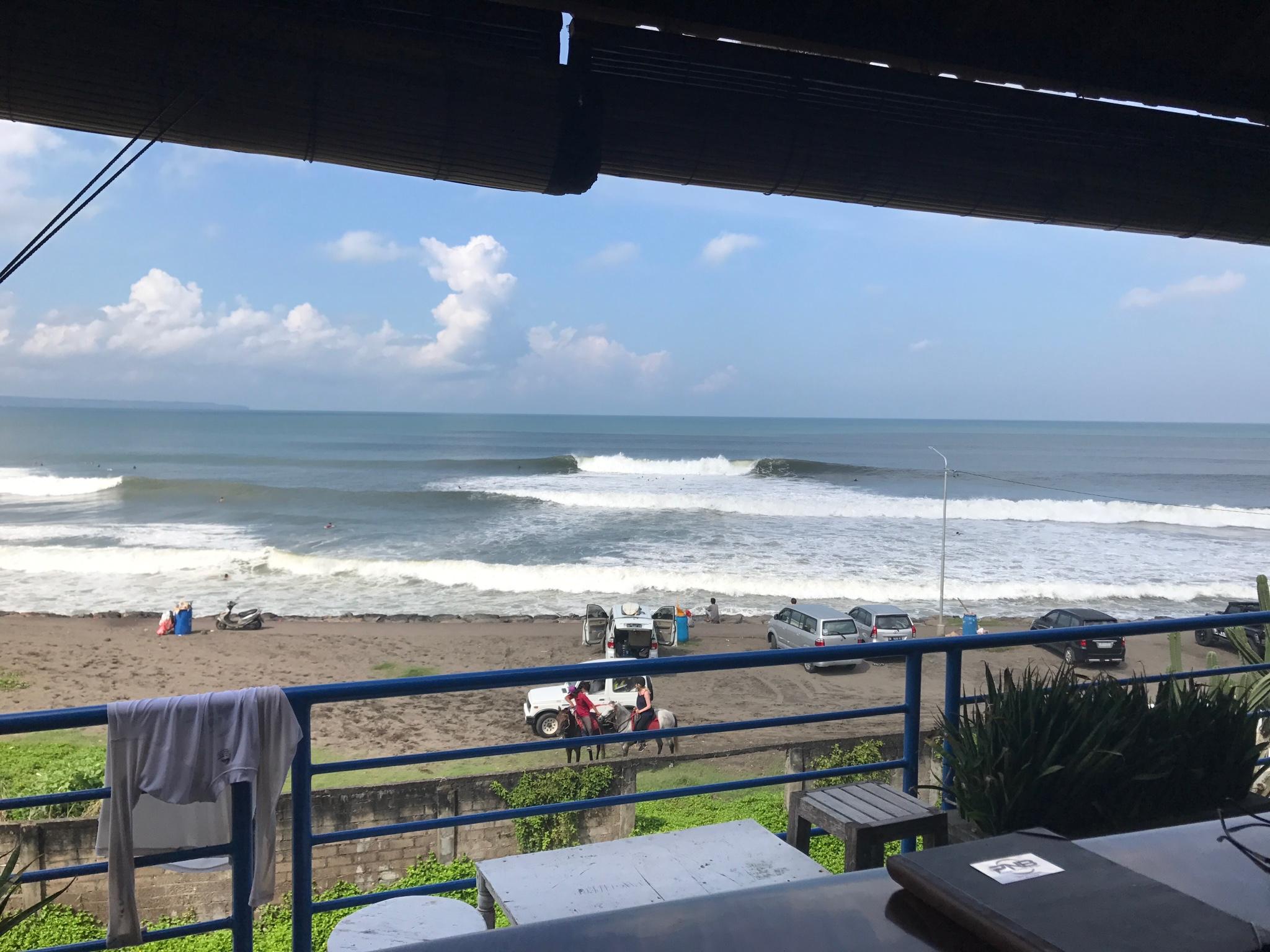 Waves at Echo Beach
