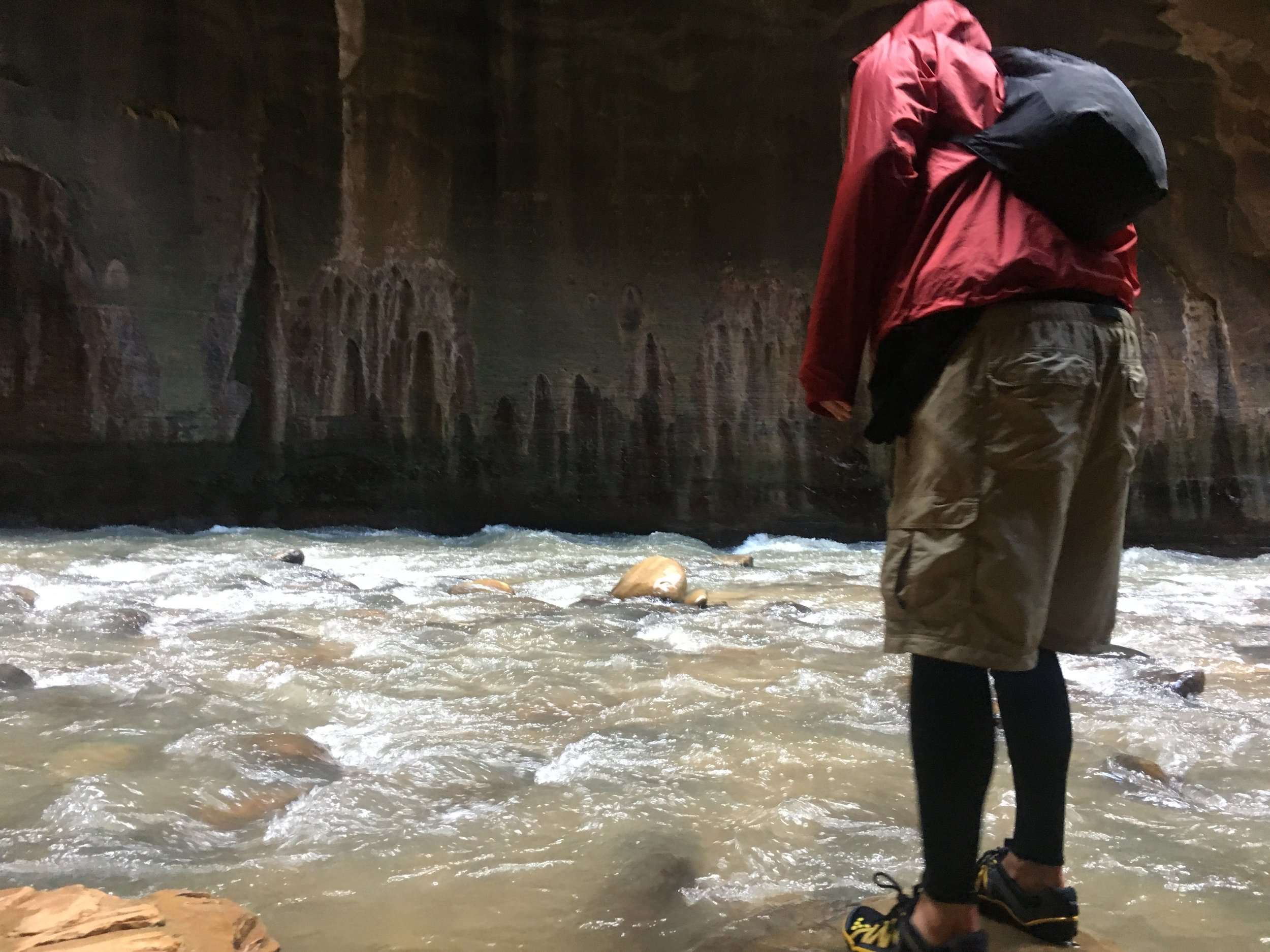 Hiking the Narrows in the spring