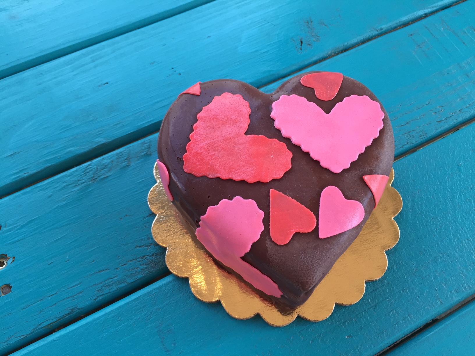 Valentine Ice Cream Cake