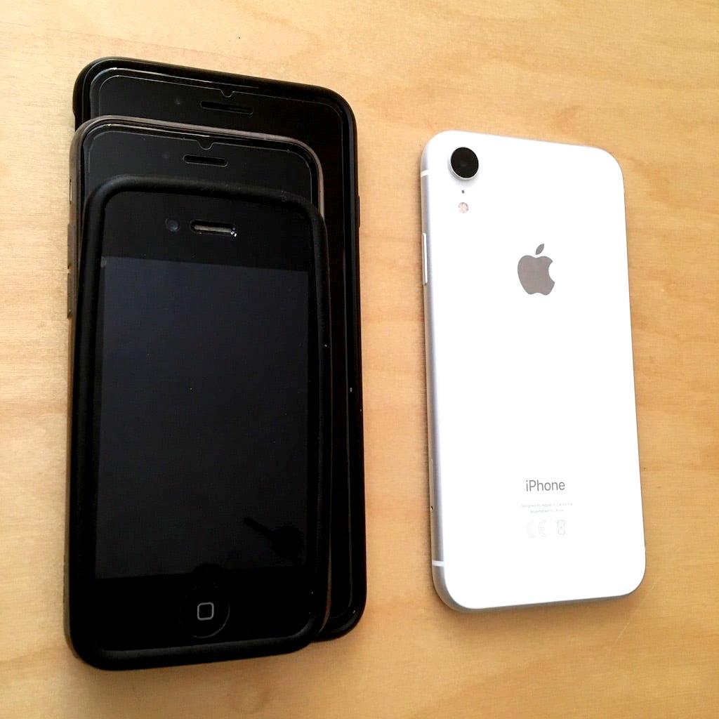 Mes iPhones 1024x1024.JPG