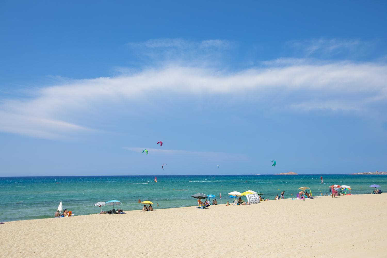Цена - качество - Эти два понятия на Сардинии часто далеки друг от друга, но не в этот раз. Зачем идти на платный пляж? Я не буду объяснять, просто один раз позвольте себе это удовольствие, и Вы все поймете.