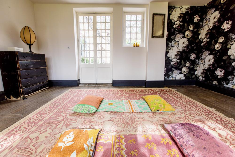 Hotel La Dime de Giverny - Настоящий дом, уютный, стильный и красивый. Комната для занятий йогой (увлечение хозяйки) открыта для гостей.