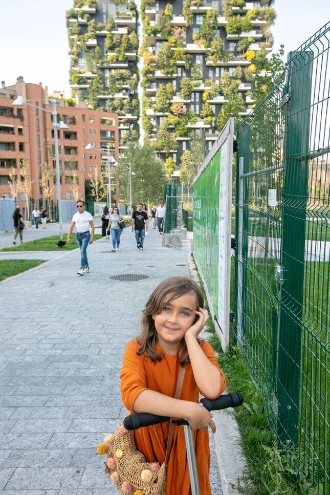 - Примечательно, что немного ранее Porta Nuova был не самым лучшим районом Милана.Теперь же площадь piazza Gae Aulenti называют одной из самых красивых в мире.