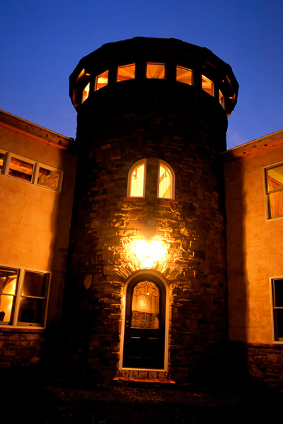 eldorado-cypress-ridge-manufactured-stone-tower.jpg