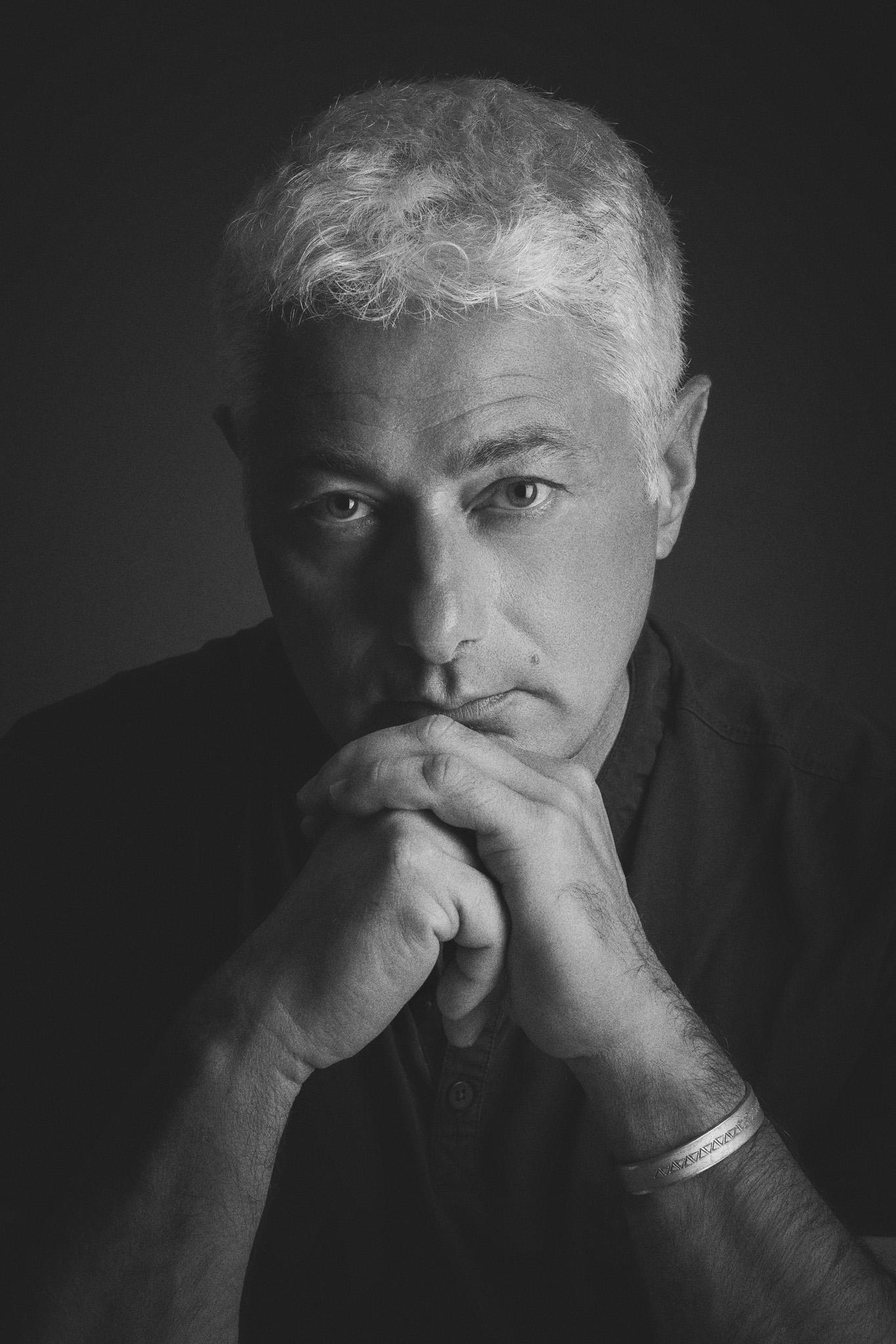 Ritratto del reporter Pier Paolo Cito, grande professionista e grande amico.  Pier Paolo Cito:  www.pierpaolocito.it   Canon EOS-1Ds Mark III - EF 85mm f/1.8 USM