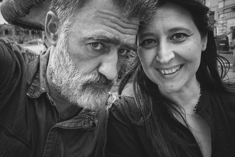 Siamo in partenza! I prossimi giorni ci vedranno a Genova, Milano, Casale Monferrato, Firenze, San Ginesio. Abbiamo qualche lavoro da chiudere per il nostro studio, qualche incontro per il festival  ImagO  (2020!!!) e qualche buon amico da riabbracciare. Ci vediamo al nostro rientro!