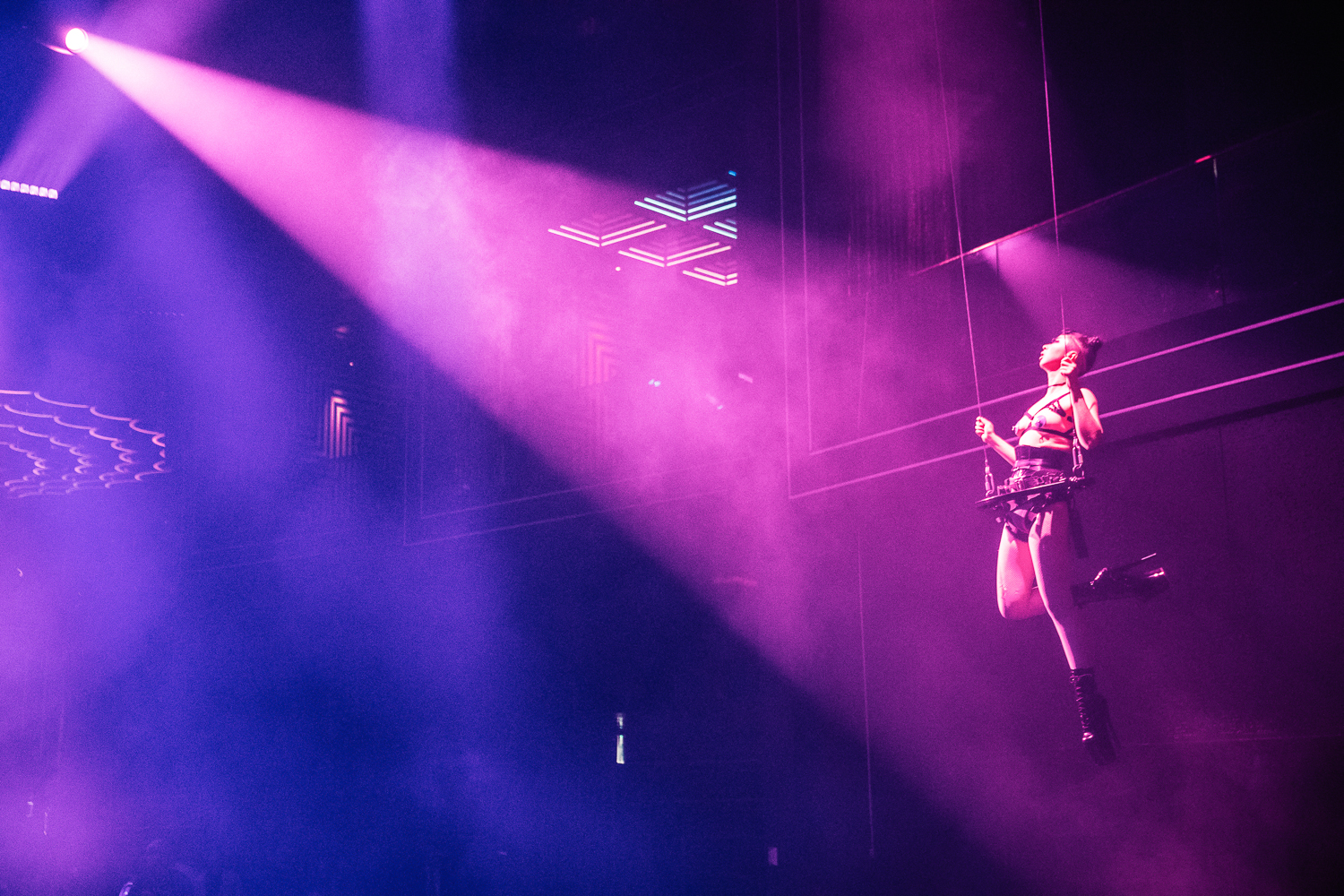 CLUB CHROMA at PARADISE CITY - In an aerial harness performance to accompany world renowned DJ, Oliver Heldens