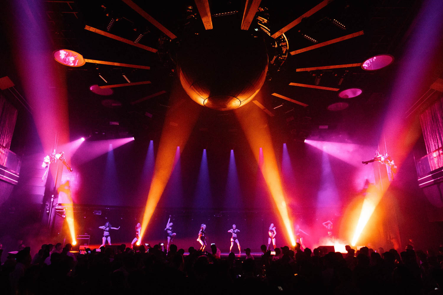 CLUB CHROMA at PARADISE CITY - In an aerial harness performance to accompany world renowned DJ, Paul Van Dyk