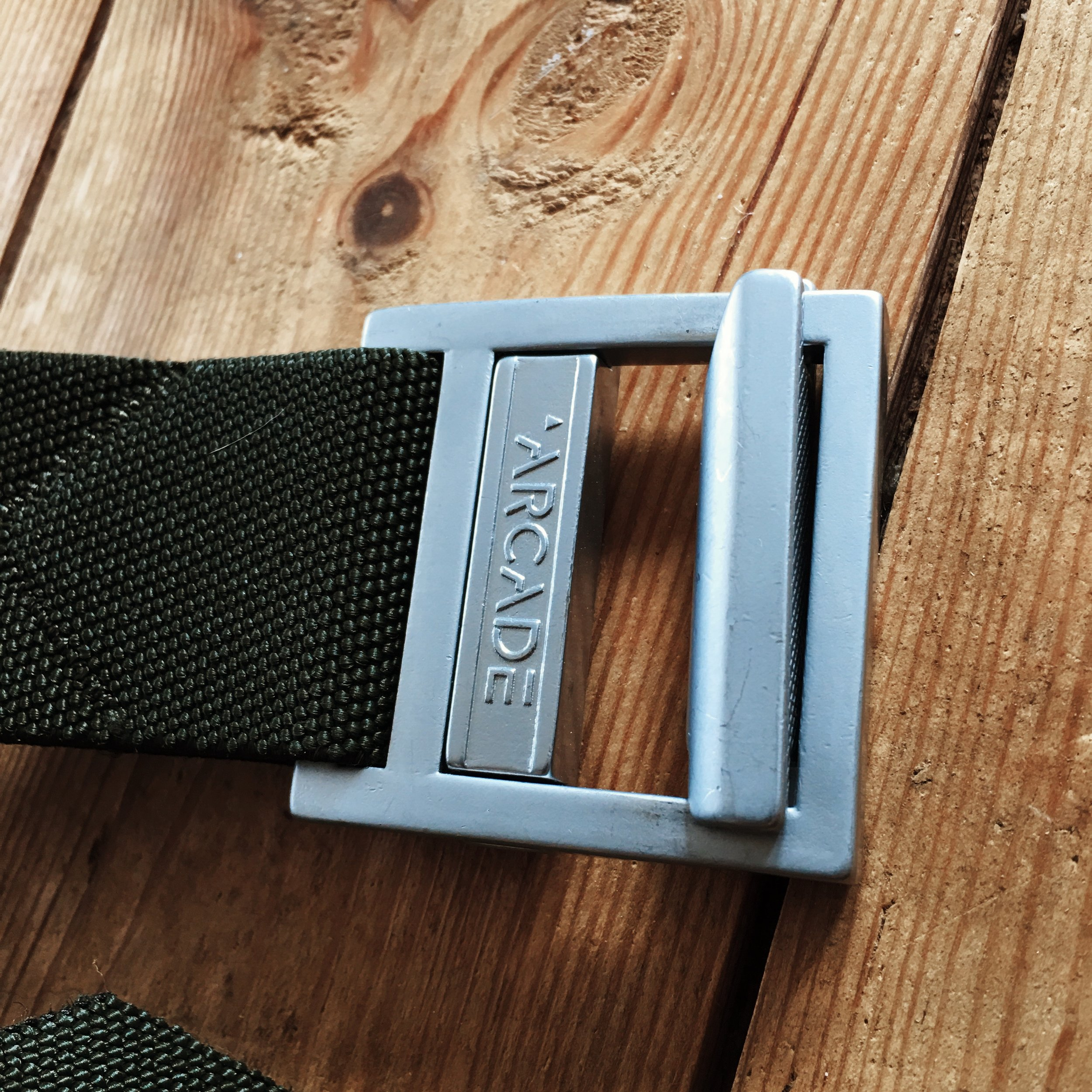 Easy to use ratchet buckle