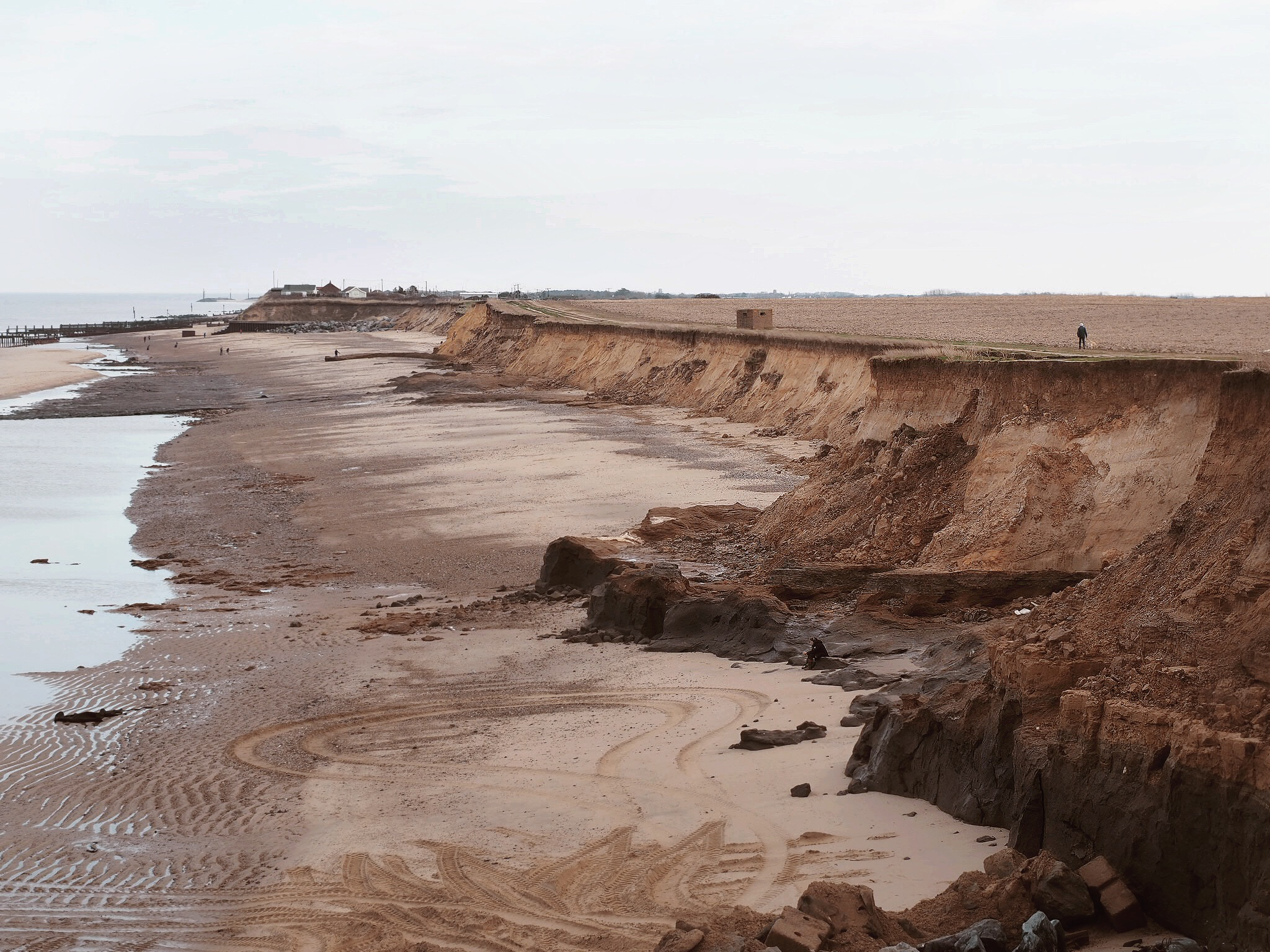 Jagged cliff edges in Happisburgh