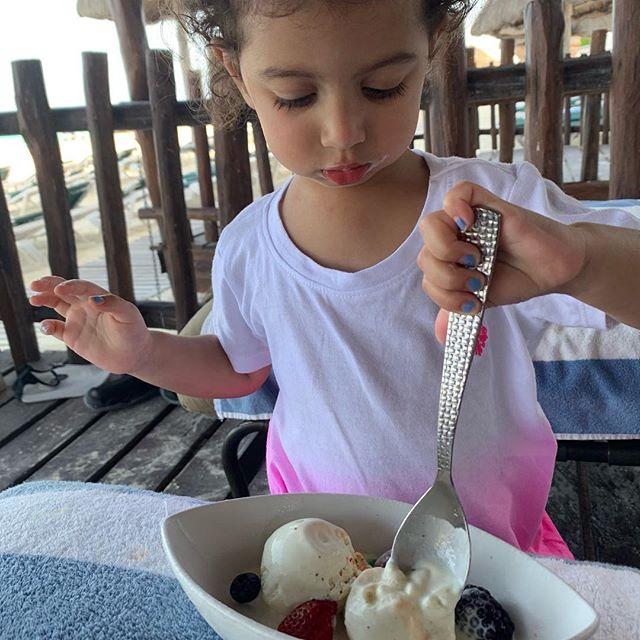 Ice creeeeeeeaaaaaammmm! #cancun