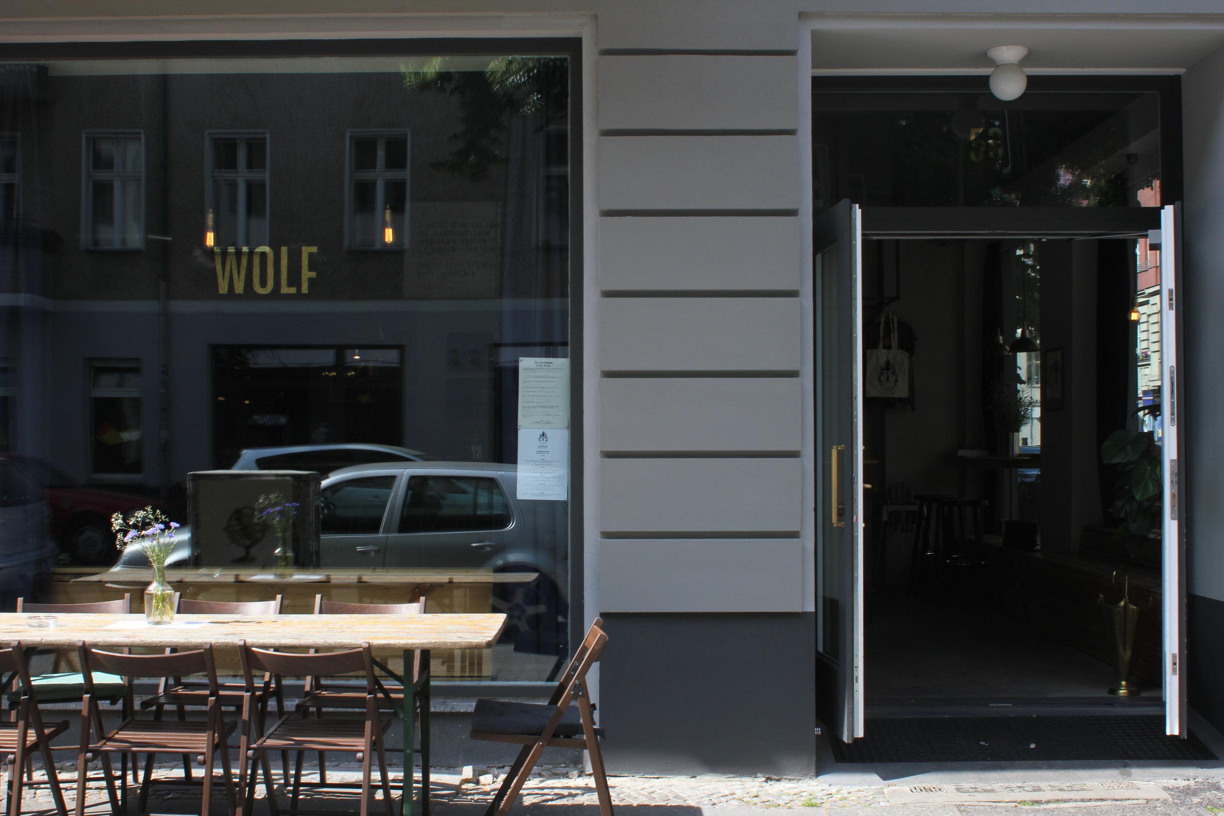i_Wolf-Aussen-c-Marie Kloos.JPG