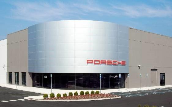 PorschePic3.jpg