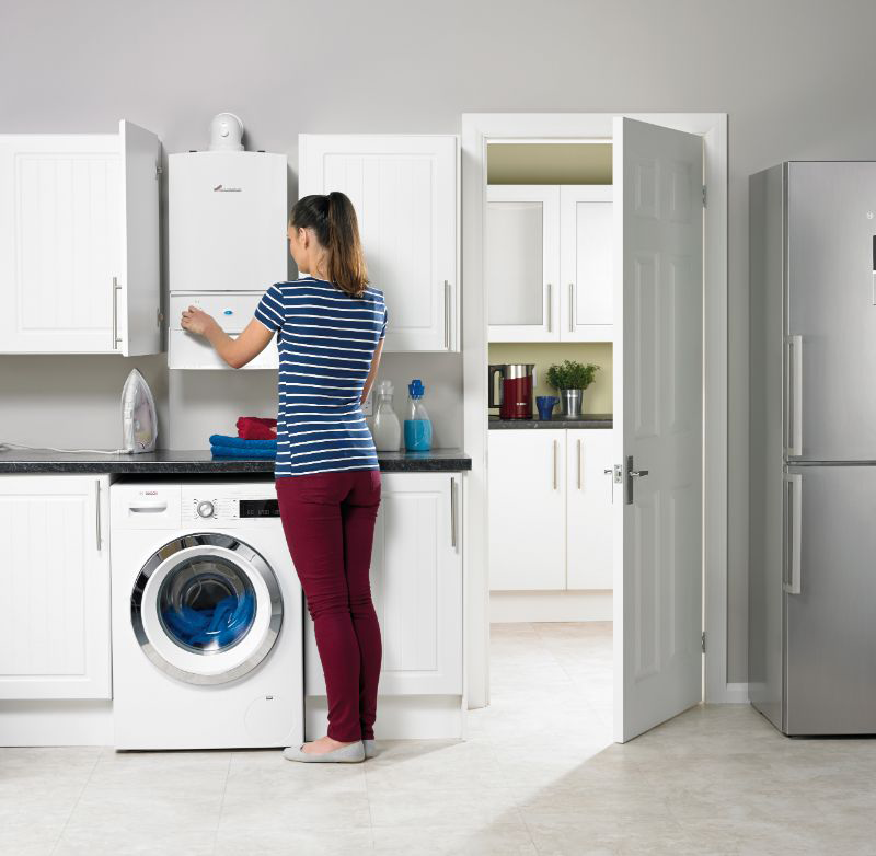 Worcester-Greenstar-Gas-Boiler-doing-washing.png