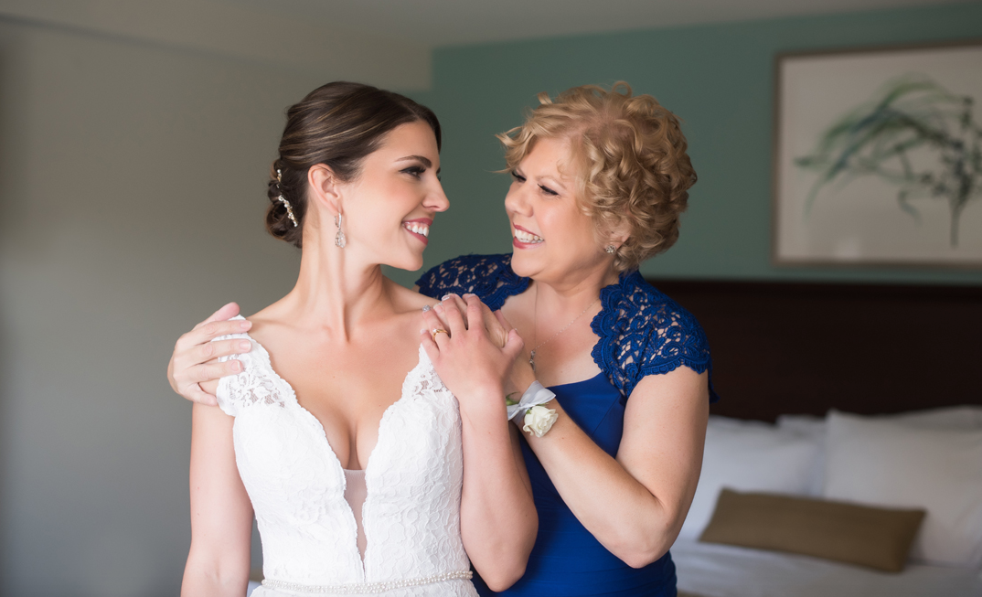 Vikki + Jerret  Teamed up with  Janine Gerrits  for this wedding  Photography by  Caitlyn Colford