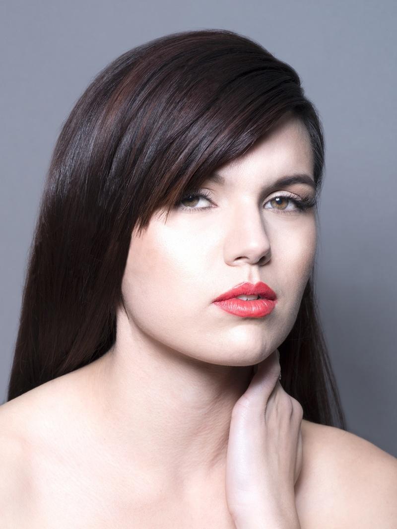 Model: Tiffany D (Allure)
