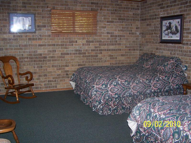 Robinson Lodge room 2.jpg