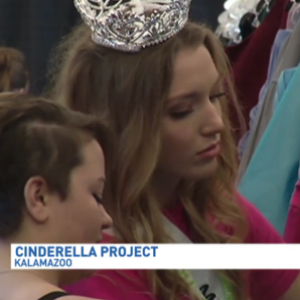the-cinderella-project-helps-hundreds-of-girls-dress-for-prom-.png