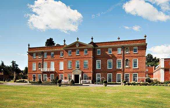 Luxury-in-Motion-wedding-chauffeur-service-surrey-at-the-four-seasons-hotel-hampshire-1 .jpg