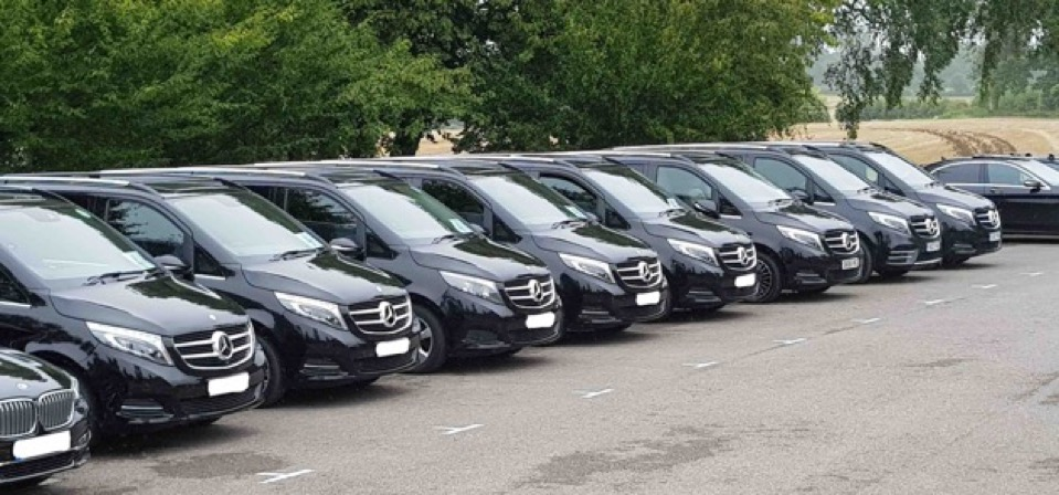 Luxury-in-motion-event-chauffeur-fleet-mercedes-v-class-surrey-london-and-uk.jpg