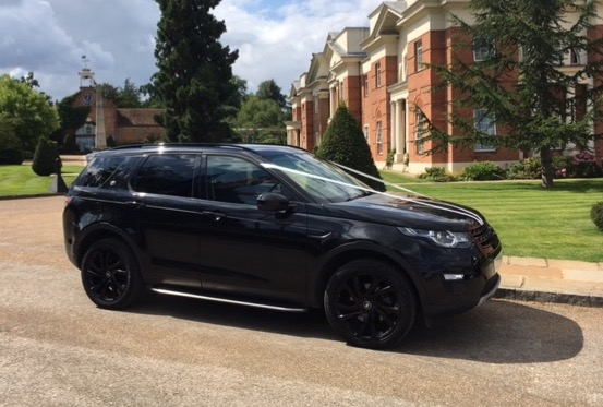 Luxury-in-motion-hampshire-4x4-wedding-car-hire-land-rover-discovery-sport-2.jpg