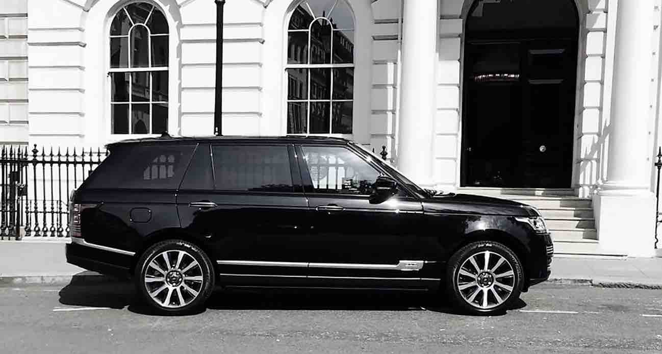 Luxury-in-motion-sussex-4x4-wedding-car-hire-range-rover-vogue.jpg