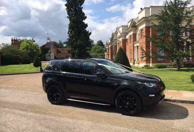 Luxury-in-motion-london-4x4-wedding-car-hire-at-the-four-seasons-hotel-hampshire-3.jpg