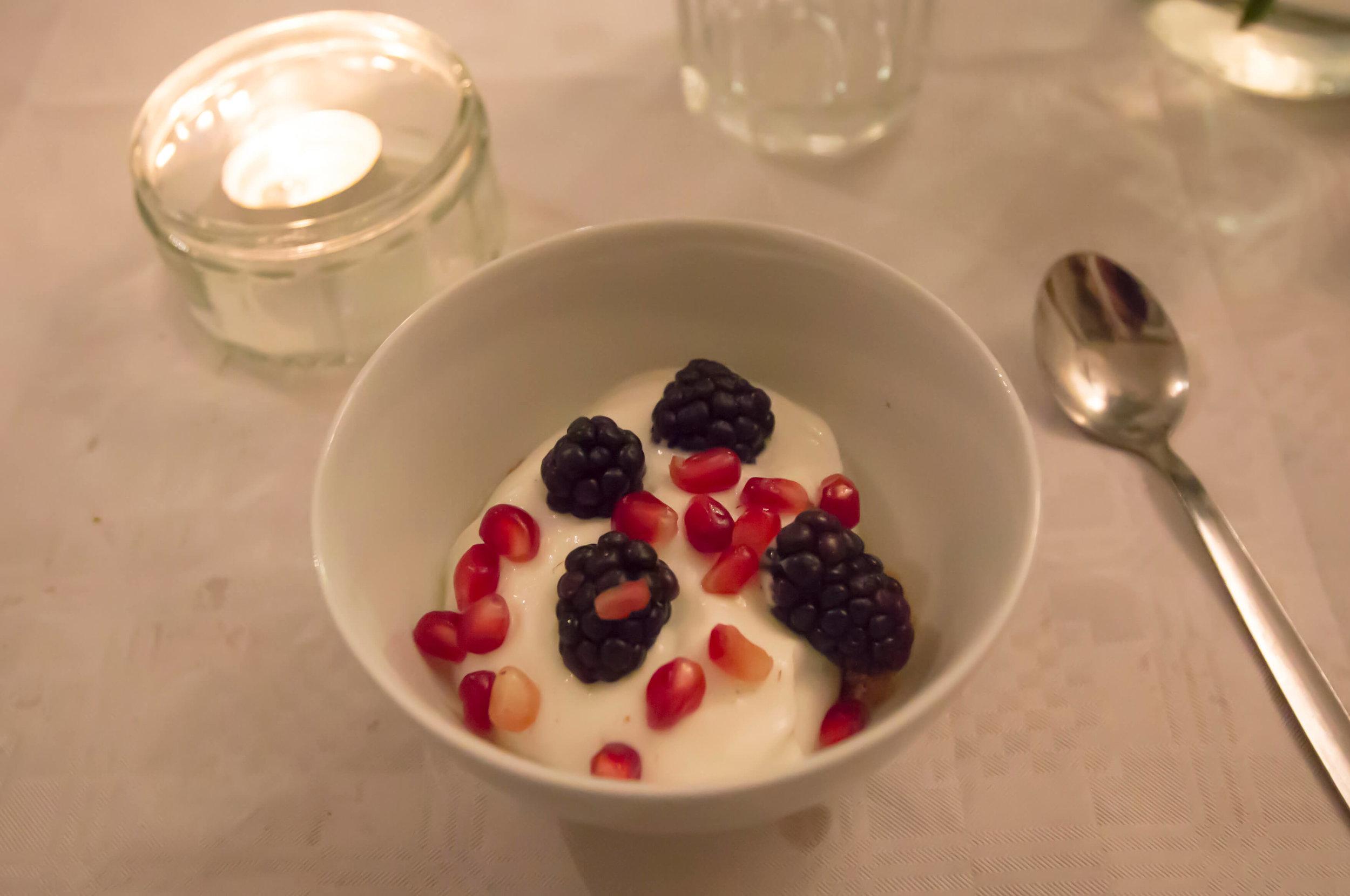 Fruit Cheesecake.jpg