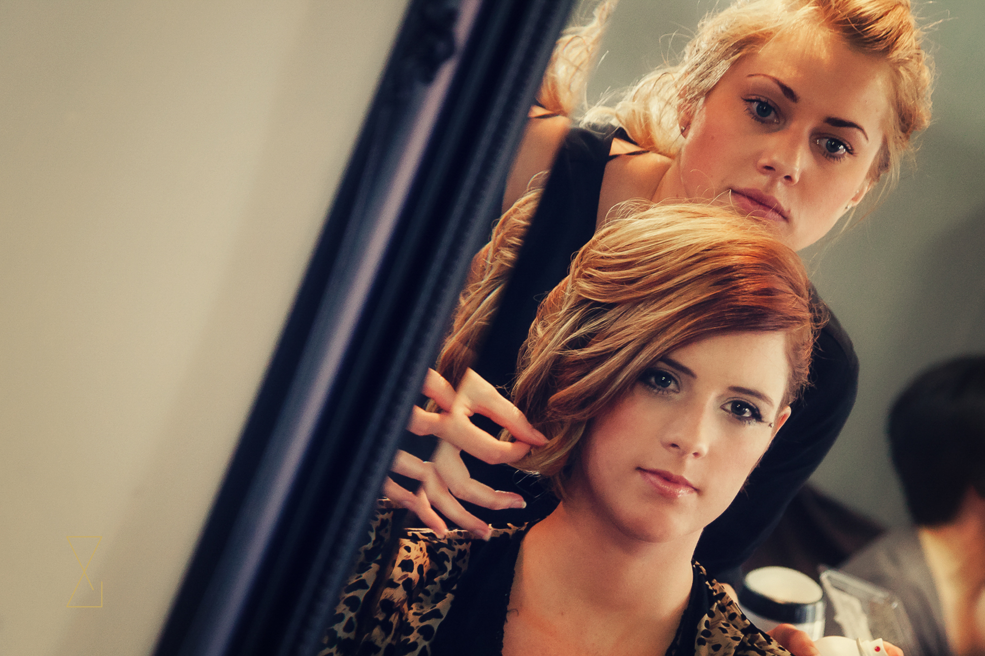 Bride to be at the salon on wedding morning, Evans & Evans wedding photography