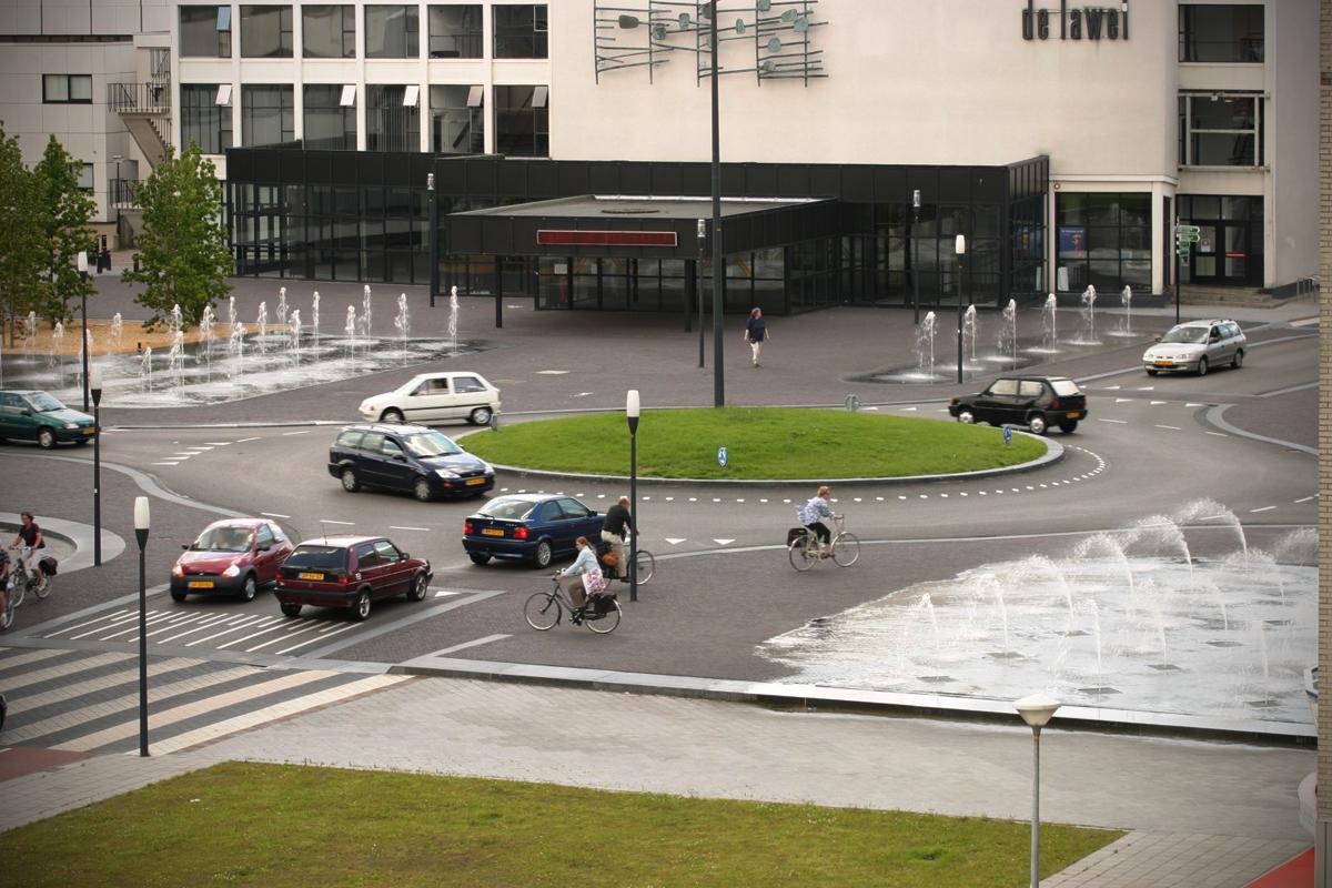 Laweiplein Roundabout