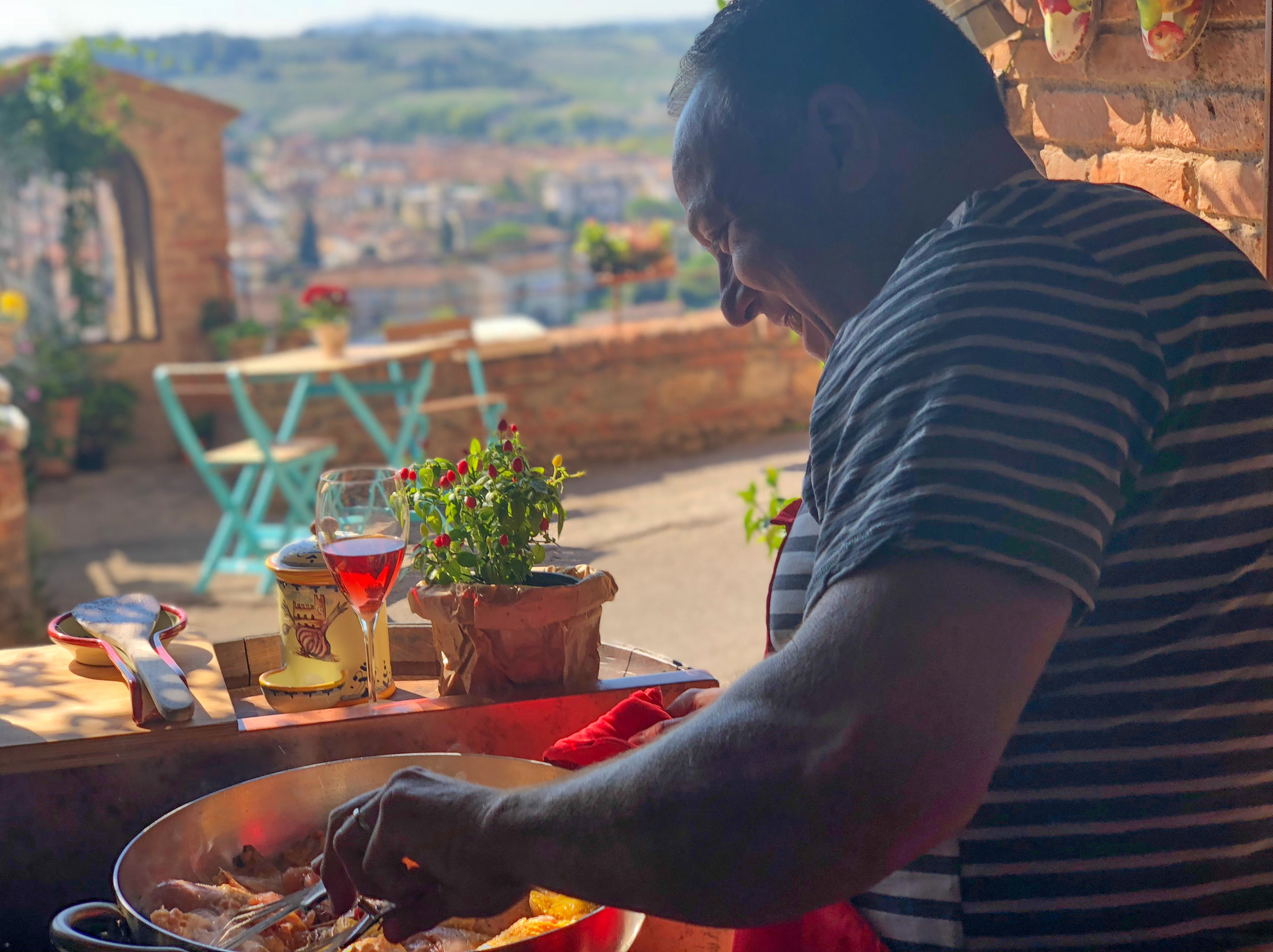 "dale, the 'grill guy"" takes over cooking in tuscany. HE IS HAPPY."