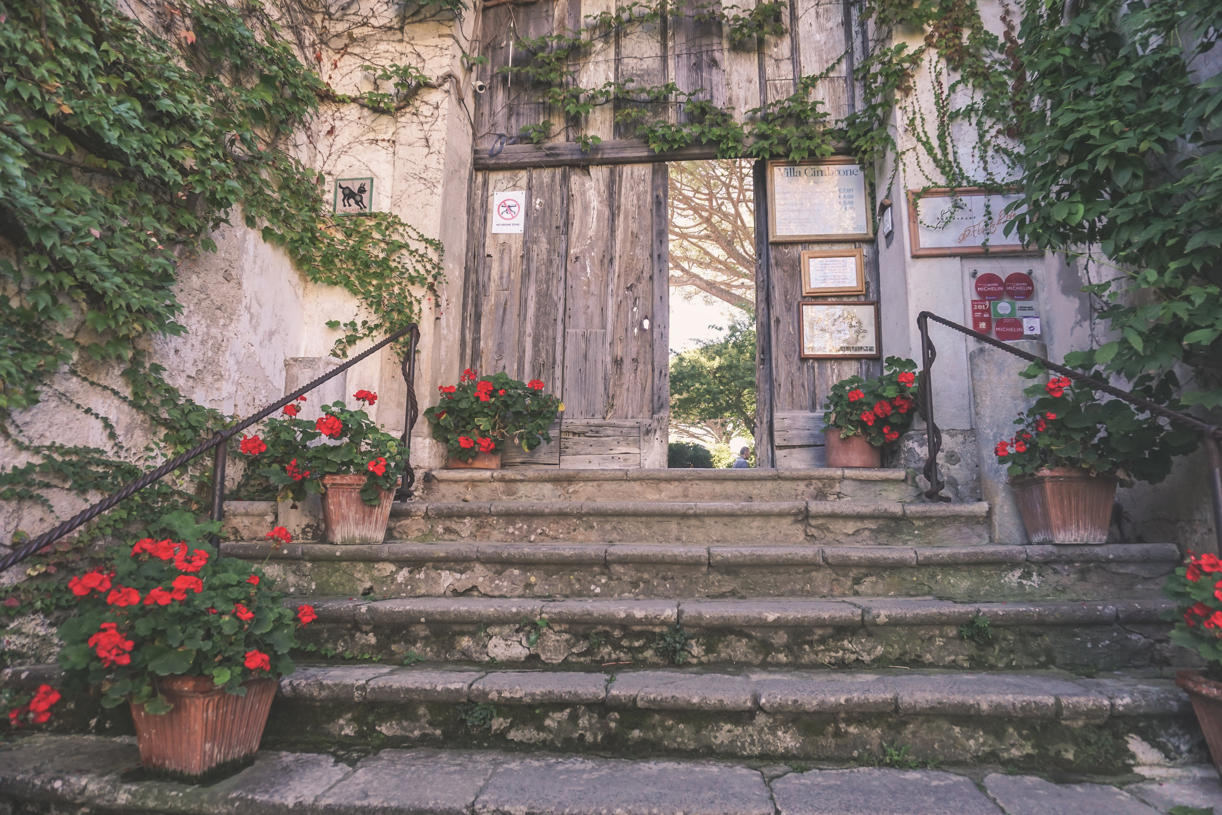 entrance to villa cimbrone, ravello