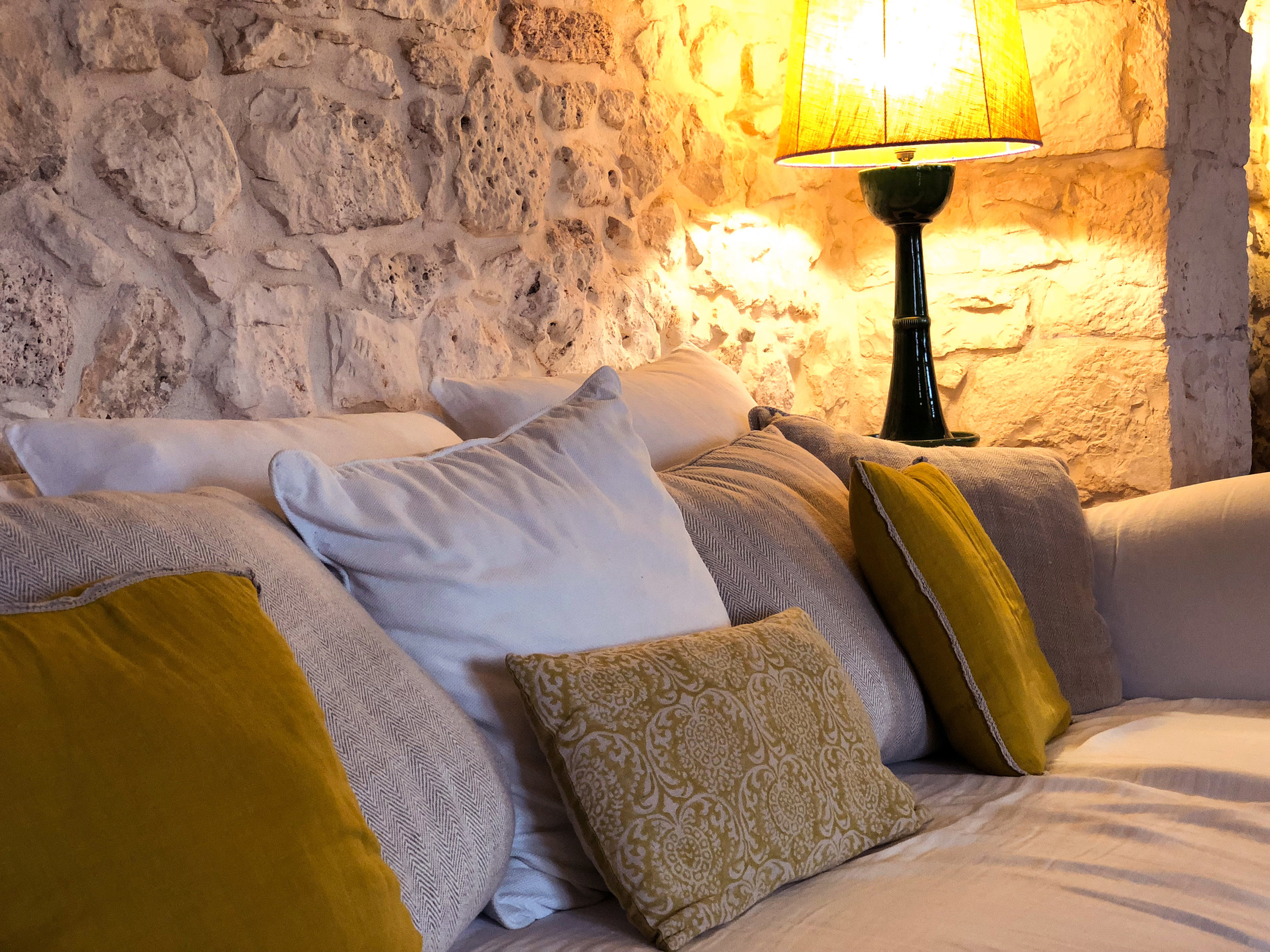COMORT AND GOOD DESIGN COMBINED. masseria cervarolo, puglia