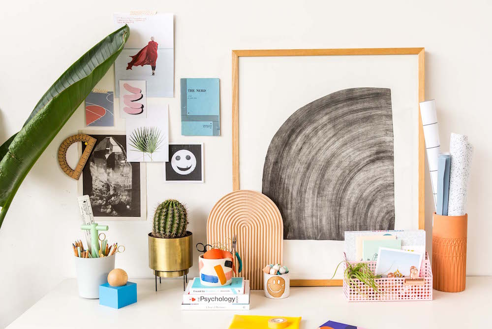paper-and-stitch-urban-outfitters-desk-styling-15.JPG