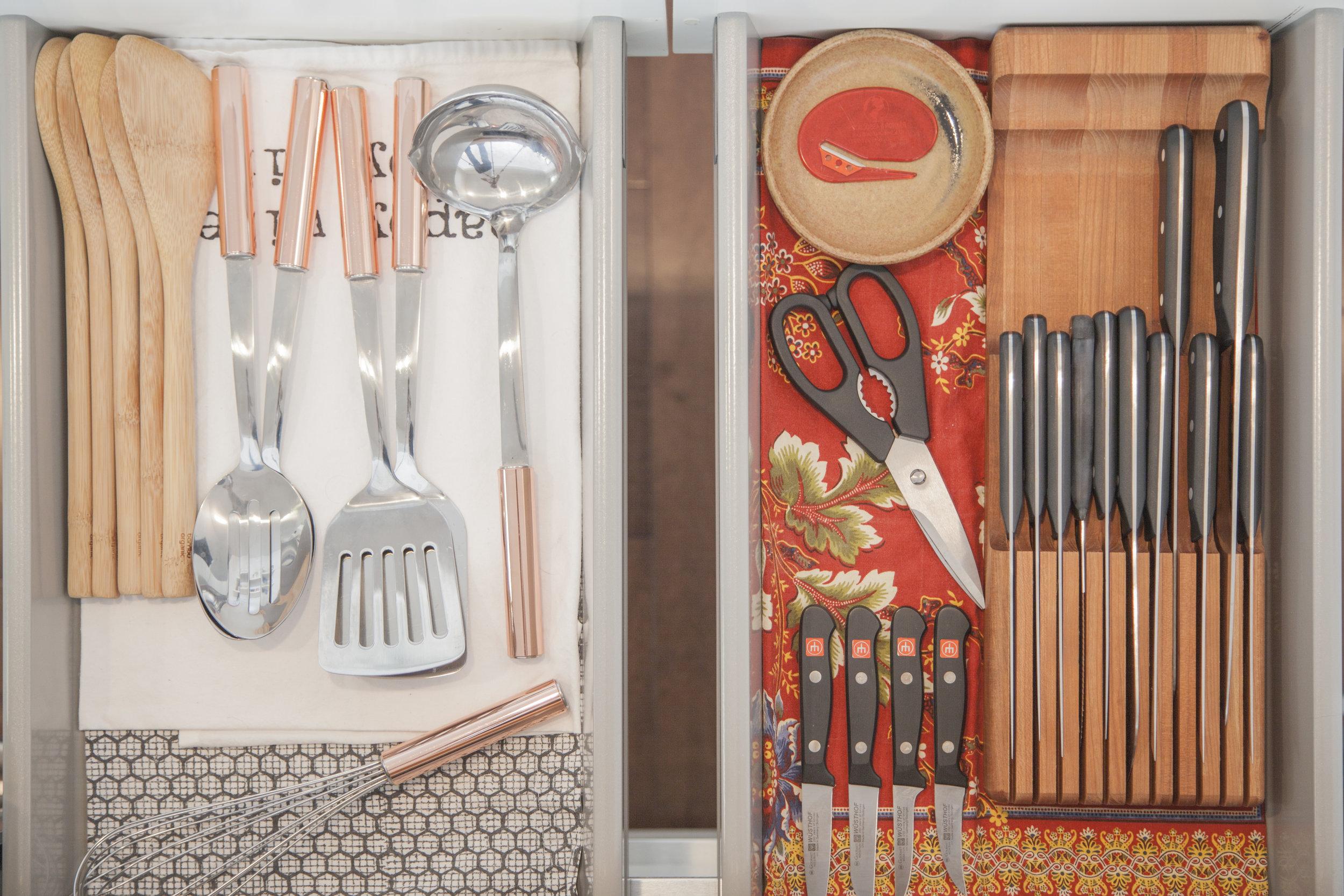 KonMari-Organized-Kitchen-Drawer