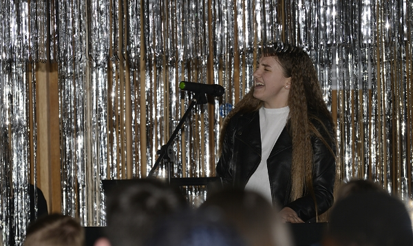 Kishoge talent show 2018 (Click on the image to view a slideshow.)
