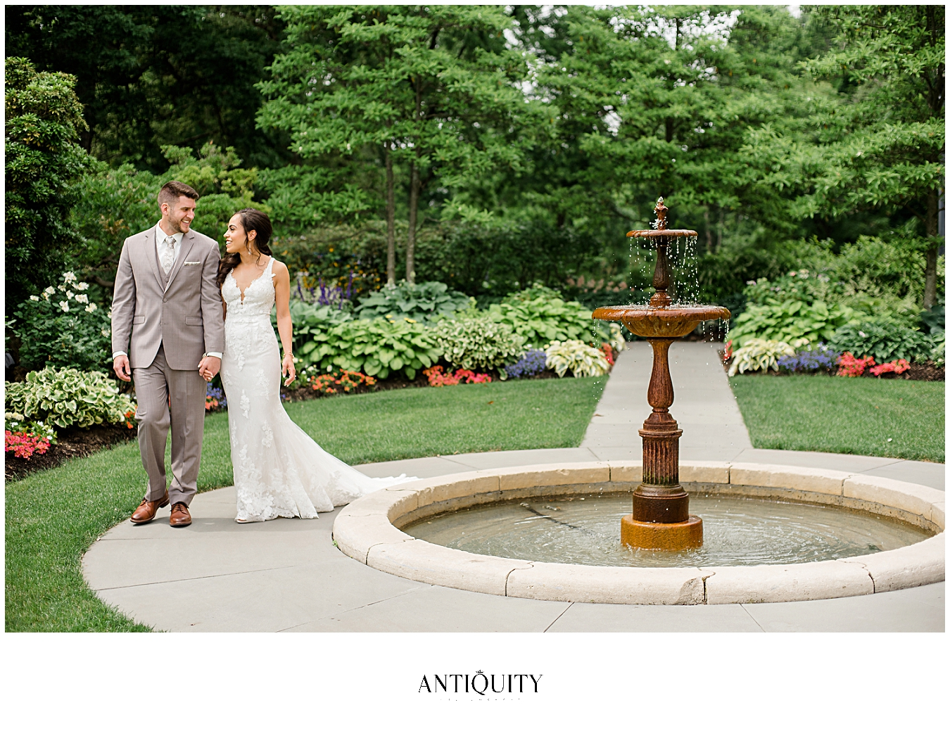 wedding at fountain at cairnwood estate