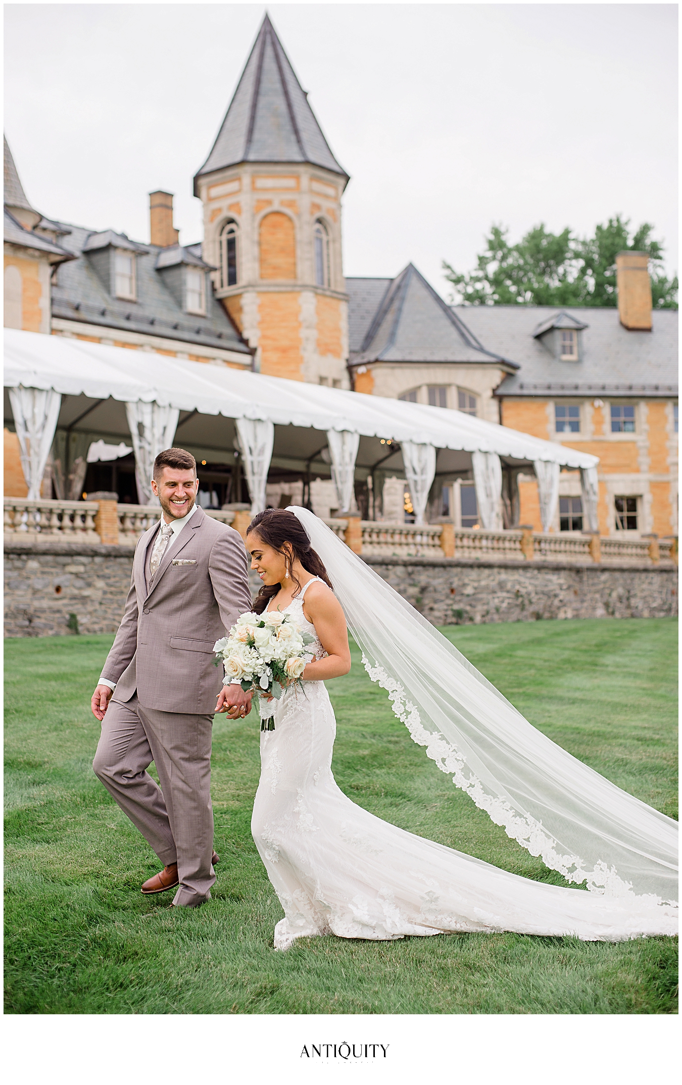 bride and groom in front of cairnwood estate