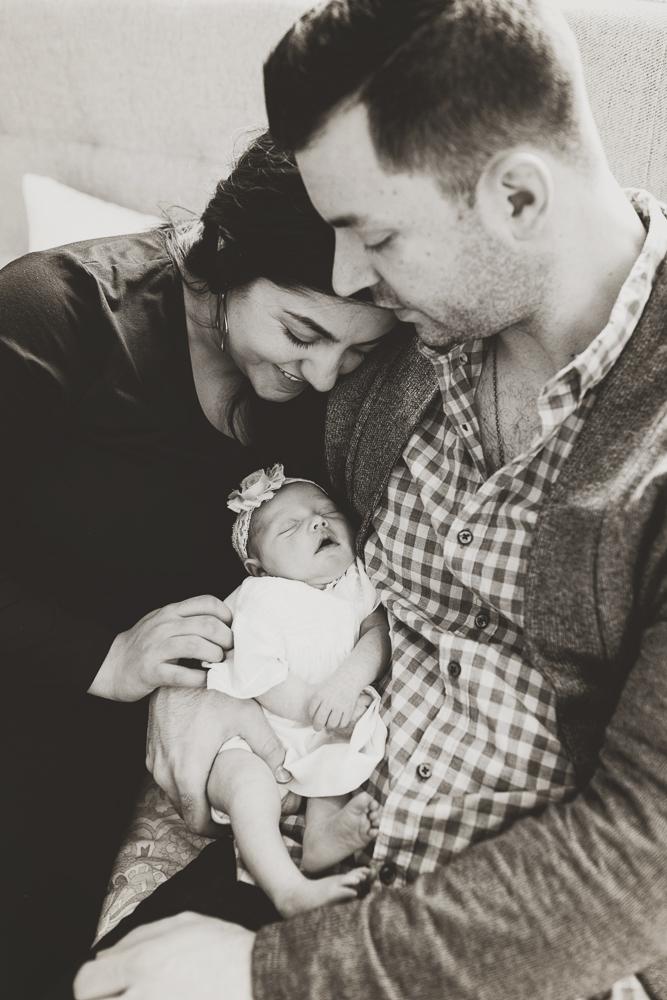 170323-Newborn_Gianna_028_BW.jpg