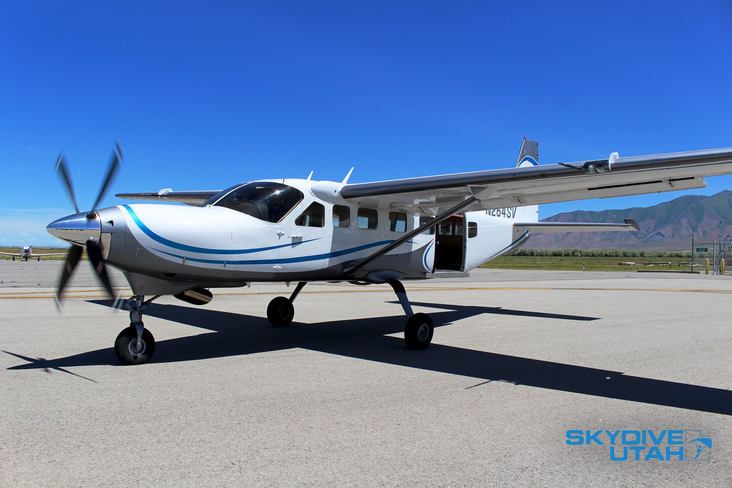 Our Texas Turbines Grand Caravan will take you to 13,000ft above the ground in 13 minutes!