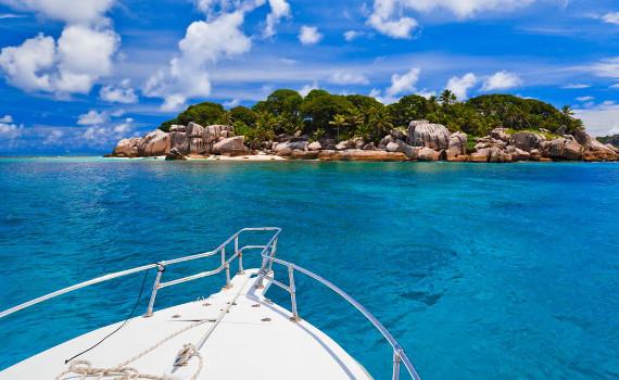 sail_caribbean_yachts_home_4_car.jpg