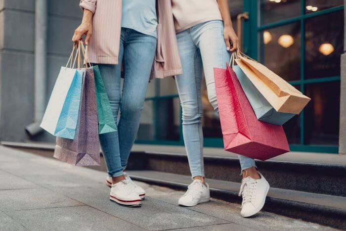 shopping-in-debrecen-cover-GRM.jpg